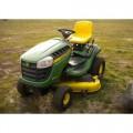 John Deere D140 Lawn Tractor